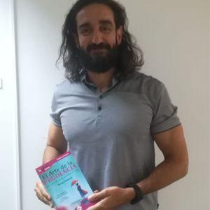 Alejandro Fernández Luengo ya tiene su GuíaBurros: El arte de la prudencia