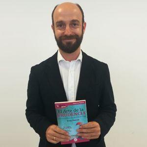 José María Cánovas ya tiene su GuíaBurros: El arte de la prudencia