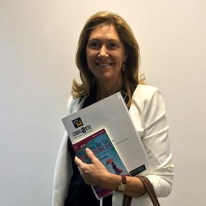 Carmen carpintero ya tiene su GuíaBurros: El arte de la prudencia